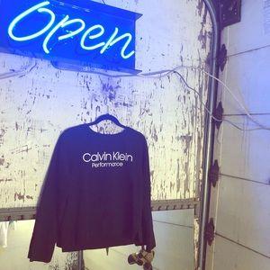 🎆🖤CUTE BLACK CALVIN KLEIN CREW NECK